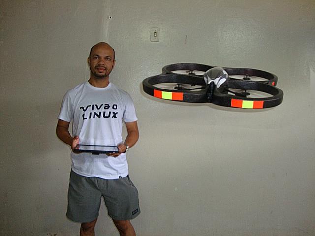 ARTIGOS:Programe o AR.Drone - Robô voador com Linux - openSUSE